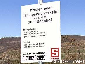Bingen-Bingerbrück Schild Kostenloser Buspendelverkehr zum Bahnhof (Hbf)